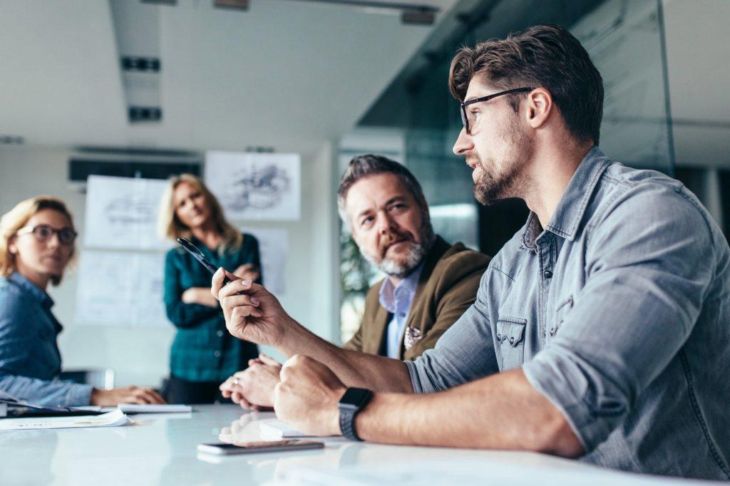 platforma HR do zarządzania pracownikami i rekrutacjami